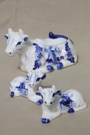 willow pattern jam pot blue white china