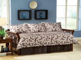 Daybed Skirts Daybed Trundle Bed Cadel Michele Home Ideas Daybed Bedding To
