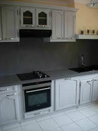 peindre une cuisine en gris relooking rénovation cuisine cuisiniste repeindre cuisine en chêne