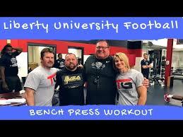 200 Lbs Bench Press 132 Lbs Math Teacher Schools Entire Football Team With 325 Lb