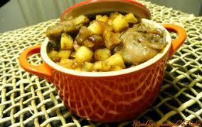 cuisiner andouillette recette cocotte d andouillette pommes caramélisées au sirop d