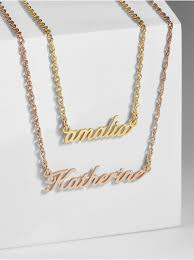 name plate necklace script nameplate necklace baublebar