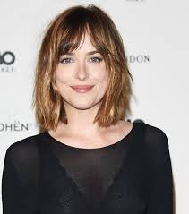 short haircuts for fine hair video 12 it girl approved short haircuts for fine hair byrdie au