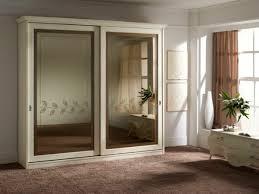 armoire chambre a coucher porte coulissante armoire pour chambre a coucher maison design hosnya com