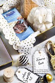 35 Creative Gifts For Your - 35 cheap and easy gifts for the office creative gift baskets