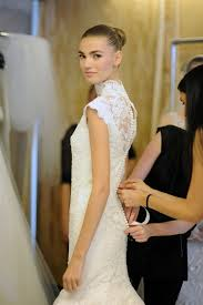 oscar de la renta lace wedding dress daring 2013 bridal by oscar de la renta