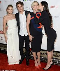 how did yolonda foster contract lyme desease bella and anwar hadid both have lyme disease yolanda foster reveals