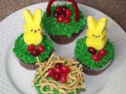 Easter Cakes Decorated With Peeps by 6 Cute Easter Cupcake Ideas Kids Can Help Make The Kid U0027s Fun Review