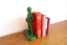 Be Right Back Bookend Home Guard Content Gallery Doorstop U0026 Bookend Giant Toy Soldiers