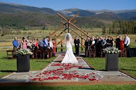 Colorado Wedding Venues Pet Friendly Wedding Venues In Colorado Our Community Now