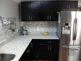 kitchen cabinets and backsplash tile backsplash with mocha shaker cabinets shaker cabinets