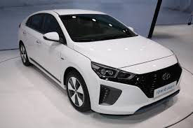 hyundai prices ioniq electric and hybrid decently in uk