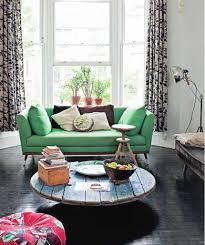 canapé vert un canapé vert lejardindeclaire