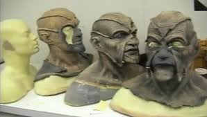 jeepers creepers mask jeepers creepers 2001 horror production made the creeper