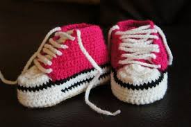 pattern crochet converse slippers knitted converse booties noden collective