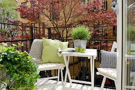 Apartment Patio Decor by Decoration Decorating Small Patios And Small Patio Decor Ideas