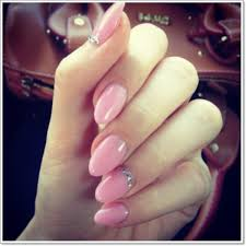oval red acrylic nails oval
