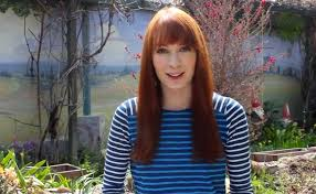 what is felicia day s hair color felicia day discusses end of the guild tabletopday in reddit iama