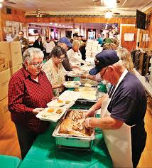 thanksgiving dinners delivered eagles prepare 1 000 meals for those in need the bennington