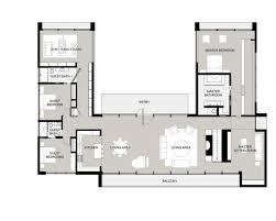center courtyard house plans floor plan u shaped one story house plan with courtyard plans