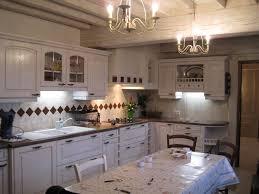 cuisine en blanc cuisine marron et blanc ctpaz solutions à la maison 29 may 18 08