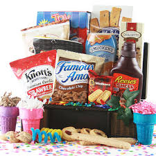 gift basket ideas summer gift ideas i scream you scream gift basket diygb