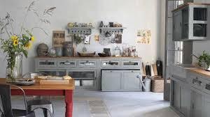 cuisine rustique r ov deco cuisine cagne chic kitchen rustic gray kitchens and farm