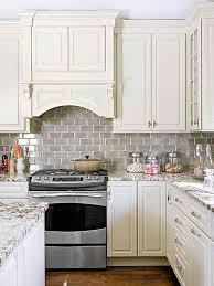 pictures of kitchen backsplashes with white cabinets subway tile backsplash picmia