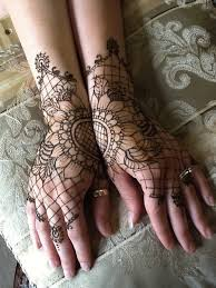 10 elegant lace tattoo designs for women