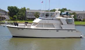 powerboat guide boat reviews specifications reference tool