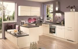 Cream Kitchen Cabinets What Colour Walls | how to paint your walls in a cream kitchen