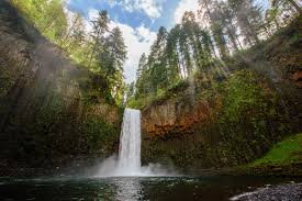 Oregon Waterfalls Map by 10 Jaw Dropping Oregon Waterfalls To Explore This Summer
