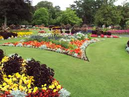 Flower Bed Ideas For Backyard Flower Bed Ideas For Backyard And Front Yard Of Our House Also
