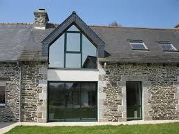 pare vent verre verriere de toit et toit en verre avec vérandaline