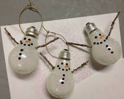 ideas for ornaments made from light bulbs