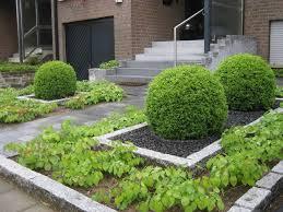 pflegeleichter vorgarten galabau mähler vorgarten
