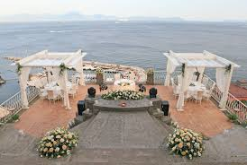 weddings and receptions in naples arrangements and decorations
