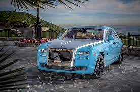 roll royce ghost all black 2014 rolls royce ghost vs 2014 bentley flying spur comparison