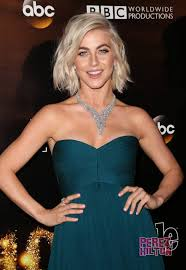 julianne hough engagement ring you won t believe the size of julianne hough s engagement ring as