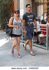 lorenzo lamas goes to a nail salon in beverly hills wearing a u0027my