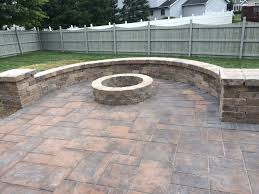 Unilock Brussels Block Patterns by Beacon Hill Sycamore Paver Patio With Beautiful Seating Wall