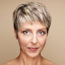 short hair for women 65 hairstyles for women over 65 with glasses cortes de cabello y