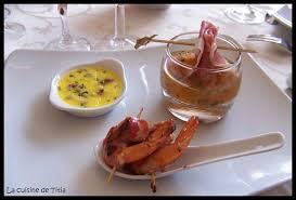 cuisine en bouche trio de mises en bouche crèmes brulées au parmesan basilic et