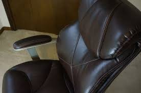 La Z Boy Executive Office Chair Great Cushions And Support But Not The Softest Leather And Has A