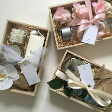 25 unique gift boxes ideas on diy gift box ribbon