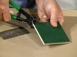 Tools For Laminate Flooring How To Use Tile Cutting Tools How Tos Diy