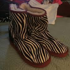 ugg zebra boots sale m 56071a6f6d64bcfbcf007a81 jpg