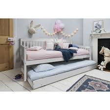 White Trundle Daybed Day Bed With Pull Out Trundle In White Noa Nani