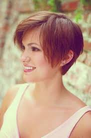 womans short hairstyle for thick brown hair 355 best charlotte hair images on pinterest pixie cuts haircut