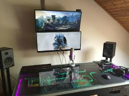 Pc Gaming Desk by Https Www Reddit Com R Pcmasterrace Comments 4ioc71